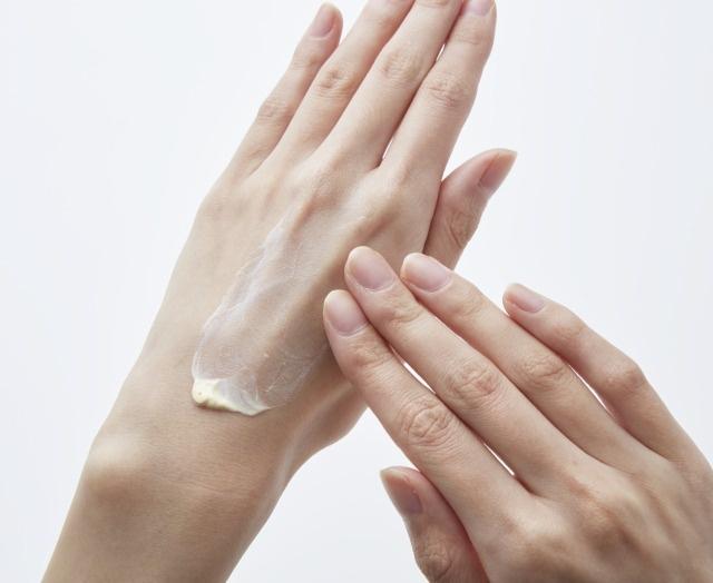 UVアイテムでツヤ肌は作れる!?