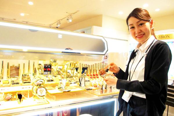 ROSE MARY 池袋パルコ店美容部員正社員の求人のスタッフ写真1