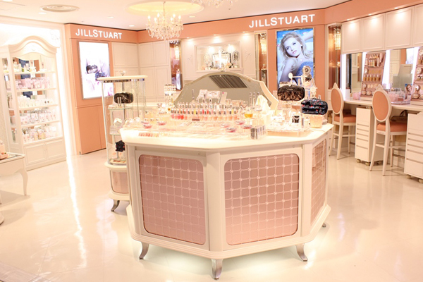 JILL STUART BEAUTY ルミネ池袋店美容部員アルバイト・パートの求人の店内写真1