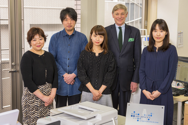 ASM Japan株式会社 本社コールセンター・電話オペレーター(パーソナルアドヴァイザー)契約社員の求人のスタッフ写真1