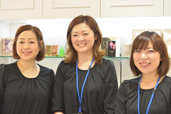 コスメシオン ラスカ茅ヶ崎店美容部員アルバイト・パートの求人のスタッフ写真1