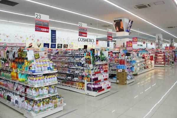 池田店美容部員正社員,契約社員,アルバイト・パートの求人の店内写真1