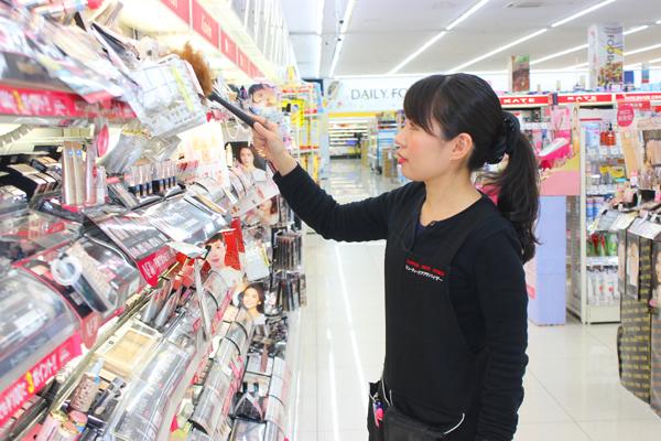 池田店美容部員正社員,契約社員,アルバイト・パートの求人のスタッフ写真5