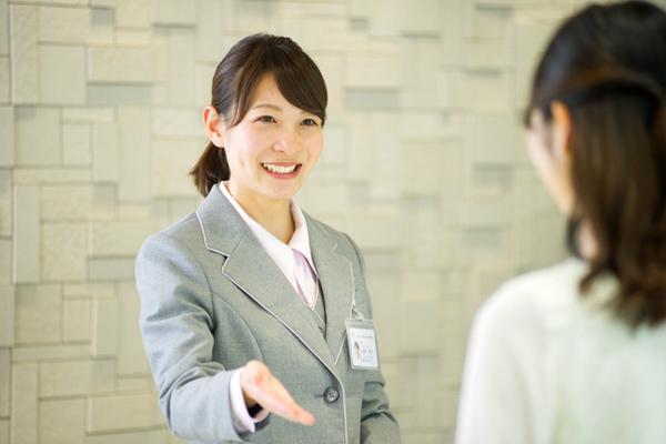 総合健診センター 東京エリア受付・フロント(健診センター事務スタッフ)契約社員の求人のスタッフ写真1