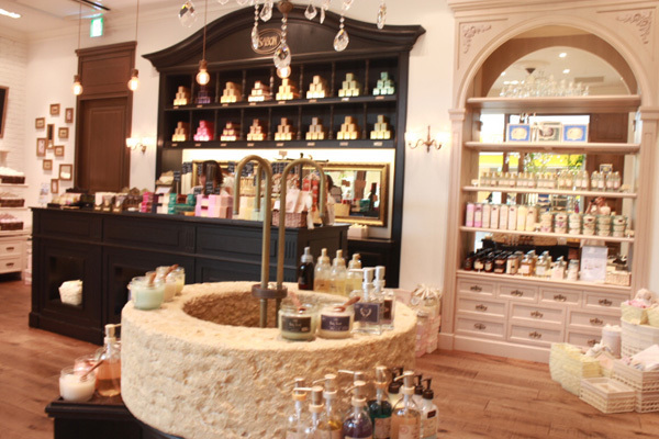 SABON GINZA SIX店(4月21日NEW OPEN)美容部員(バス&ボディケアの販売)正社員,アルバイト・パートの求人の写真