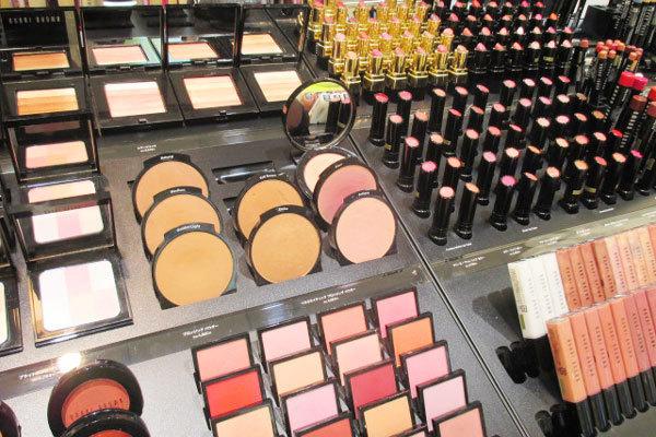 そごう 横浜店美容部員(『シャネル』など化粧品カウンター ビューティーアドバイザー)契約社員の求人のサービス・商品写真1