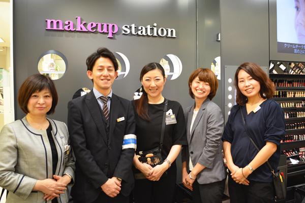 そごう 横浜店美容部員(『シャネル』など化粧品カウンター ビューティーアドバイザー)契約社員の求人のスタッフ写真5