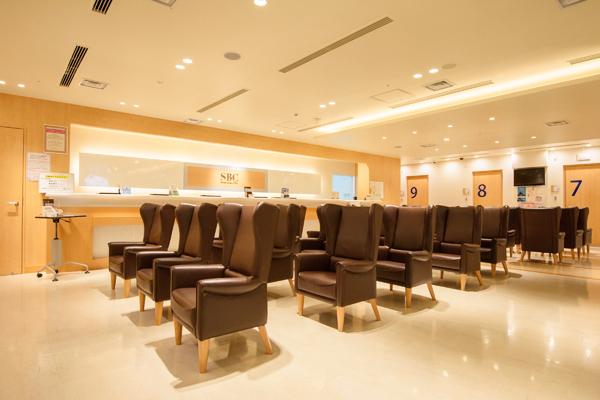 湘南美容外科クリニック 新宿コールセンターコールセンター・電話オペレーター正社員の求人の店内写真1