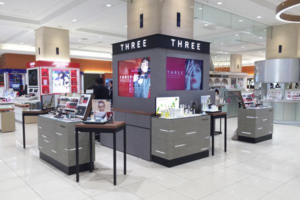 THREE 都内直営店オープン(2017年秋オープン予定)美容部員・化粧品販売員(THREE クリエイター)契約社員の求人の店内写真1