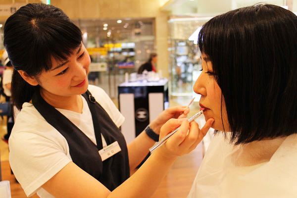 フルーツギャザリング 銀座店(5月オープン予定)美容部員(販売スタッフ)契約社員/アルバイト・パートの求人の写真