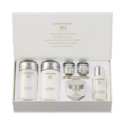 AQ Meliority Luxurious Coffret Special Selection. / DECORTÉ