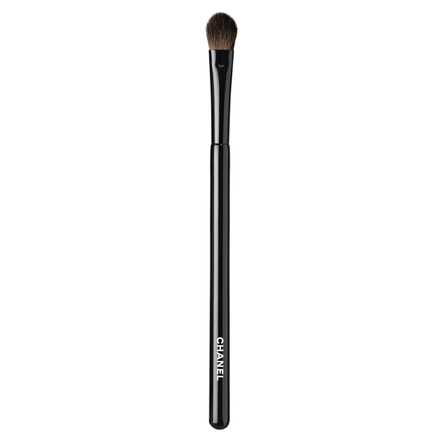 LES PINCEAUX DE CHANEL FLAT EYESHADOW BRUSH / CHANEL
