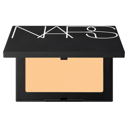 SOFT VELVET PRESSED POWDER / NARS