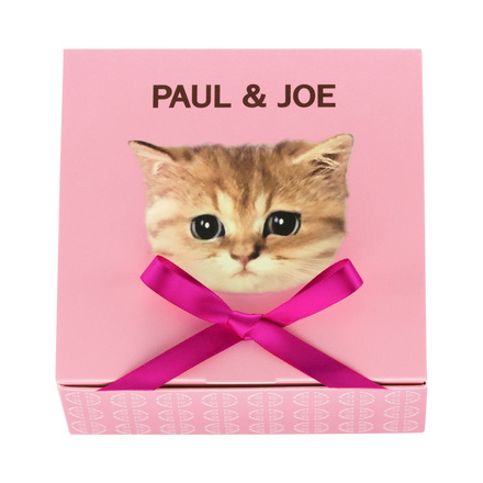 WRAPPING BOX / PAUL & JOE BEAUTE